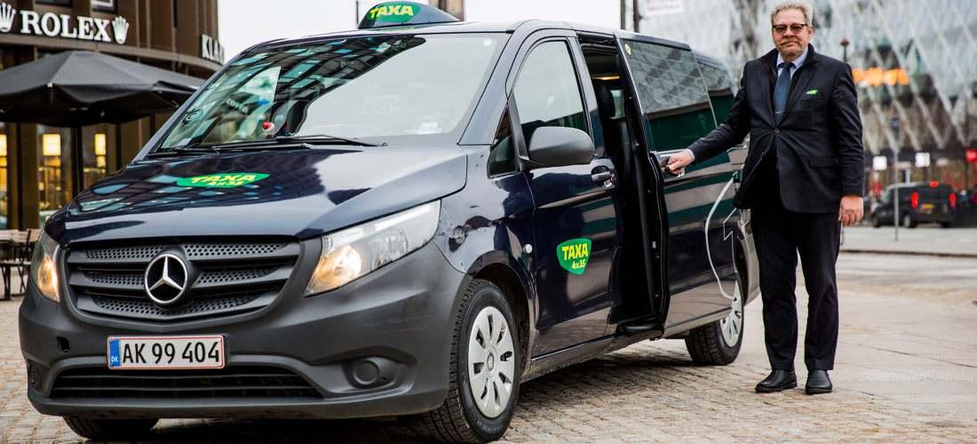 Bestil en taxi minibus for 5-8 personer hos TAXA 4x35