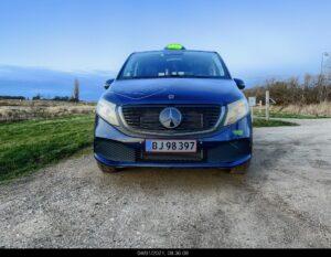 Ivan kører den første eldrevne 7-personerns taxa i Danmark 2